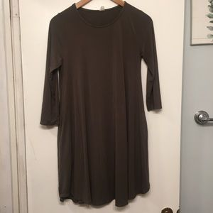 Francescas 3/4 Sleeve Olive Green Shift Dress
